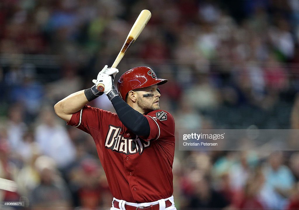<a gi-track='captionPersonalityLinkClicked' href=/galleries/search?phrase=Cody+Ross&family=editorial&specificpeople=545810 ng-click='$event.stopPropagation()'>Cody Ross</a> #7 of the Arizona Diamondbacks bats against the Washington Nationals during the MLB game at Chase Field on May 14, 2014 in Phoenix, Arizona. The Nationals defeated the Diamondbacks 5-1.