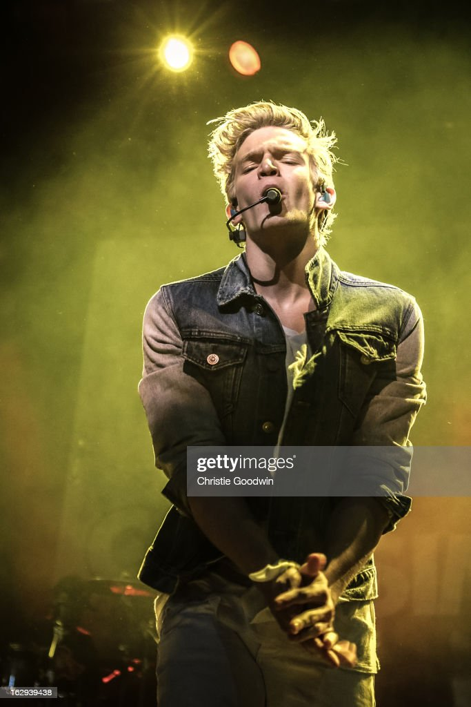 <a gi-track='captionPersonalityLinkClicked' href=/galleries/search?phrase=Cody+Simpson&family=editorial&specificpeople=7068455 ng-click='$event.stopPropagation()'>Cody Simpson</a> performs on stage at Indigo2 at O2 Arena on March 1, 2013 in London, England.