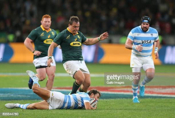 Coenie Oosthuizen of South Africa recovers the ball during the Rugby Championship match between South Africa and Argentina at Nelson Mandela Bay...