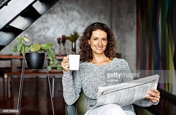 Kaffee und Tageszeitung sind Teil meiner Wochenend-Programm