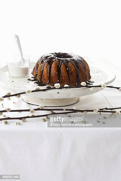 Coffee cake with pine nuts and chocolate