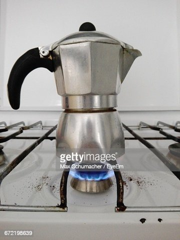 Coffee Maker On Gas : Coffee Maker On Gas Stock Photo Getty Images