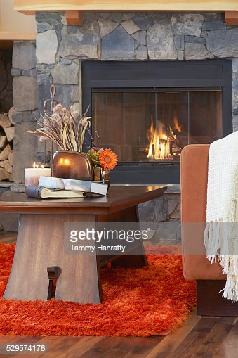 Coffee table in chalet living room : Bildbanksbilder