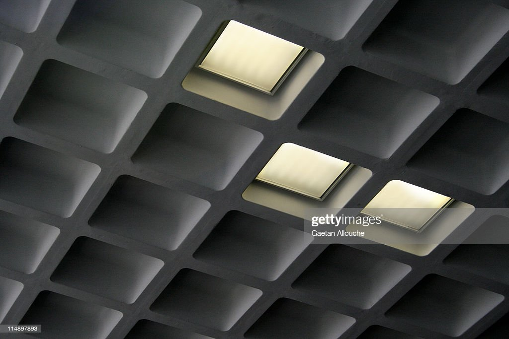 Coffered ceiling geometries : Stock Photo
