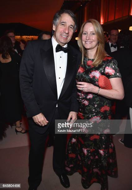 CoFounder Getty Images Inc Jonathan Klein and Deborah Klein attend the 2017 Vanity Fair Oscar Party hosted by Graydon Carter at Wallis Annenberg...