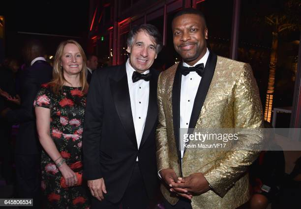 CoFounder Getty Images Inc Jonathan Klein Deborah Klein and Chris Tucker attend the 2017 Vanity Fair Oscar Party hosted by Graydon Carter at Wallis...