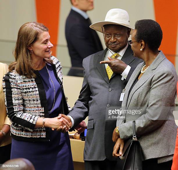 CoFounder of the Bill and Melinda Gates Foundation Melinda Gate and President of Uganda Yoweri K Museveni pose for a photo at the Making Every Woman...