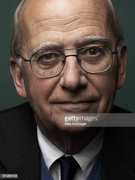 Cognitive neuroscientist Michael Gazzaniga poses for a portrait session in 2008 for Discover Magazine Published image