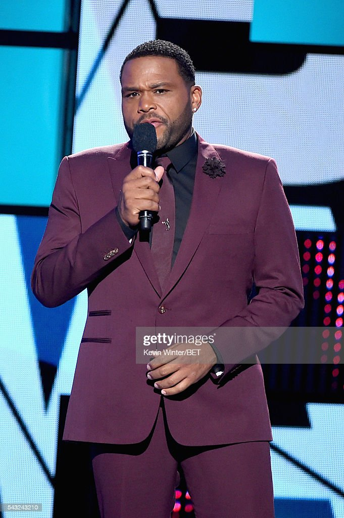 Co-host <a gi-track='captionPersonalityLinkClicked' href=/galleries/search?phrase=Anthony+Anderson&family=editorial&specificpeople=202577 ng-click='$event.stopPropagation()'>Anthony Anderson</a> speaks onstage during the 2016 BET Awards at the Microsoft Theater on June 26, 2016 in Los Angeles, California.