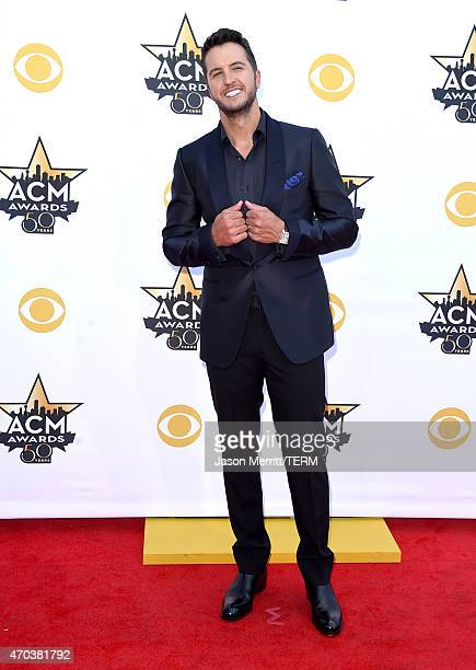 Cohost Luke Bryan attends the 50th Academy of Country Music Awards at ATT Stadium on April 19 2015 in Arlington Texas