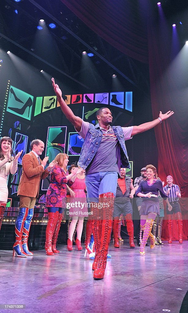 MICHAEL - 7/24/13 - Co-host Michael Strahan makes a return visit to the Broadway stage as part of Broadway on LIVE week. The LIVE co-host made several cameos in Kinky Boots, the 2013 Tony Award winner for Best Musical. Strahan will recap his visit to the hit Broadway show on LIVE on THURSDAY, JULY 25, 2013. (Photo by Dave Russell/Disney-ABC via Getty Images) MICHAEL STRAHAN WITH KINKY BOOTS CAST