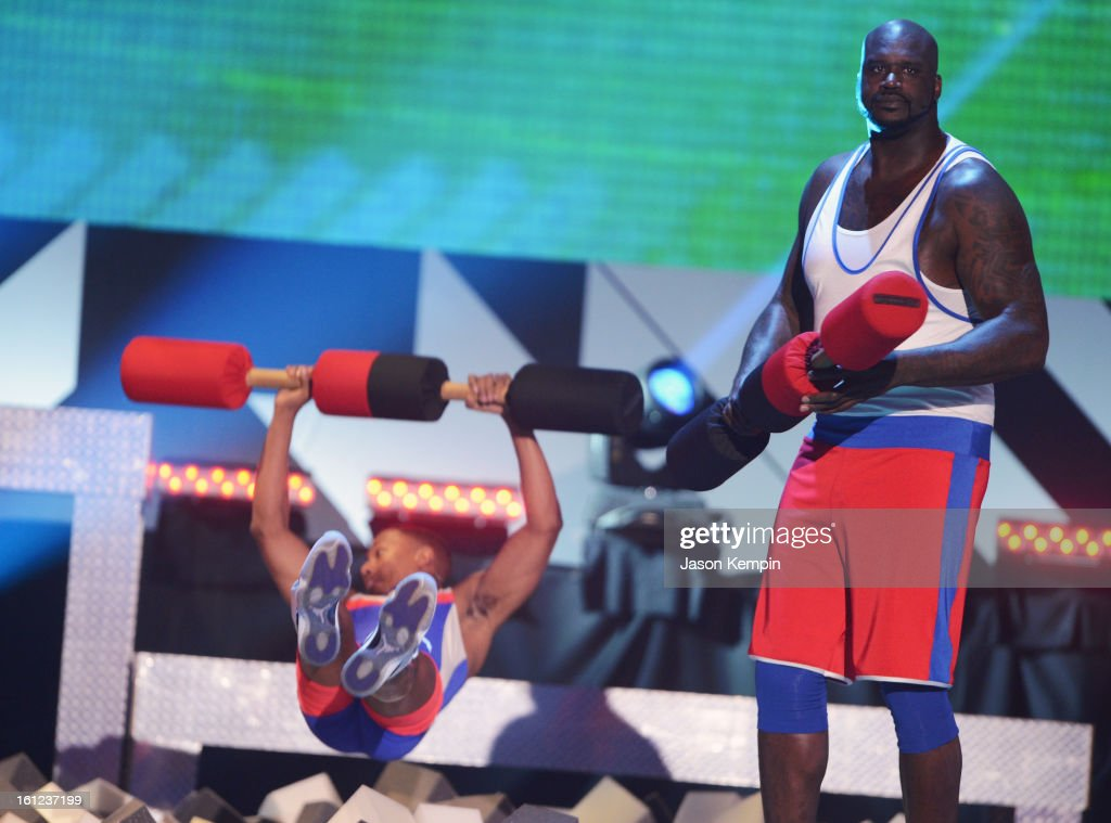 Co-host Nick Cannon and host Shaquille O'Neal entertain the audiences onstage at the Third Annual Hall of Game Awards hosted by Cartoon Network at Barker Hangar on February 9, 2013 in Santa Monica, California. 23270_003_JK_0624.JPG