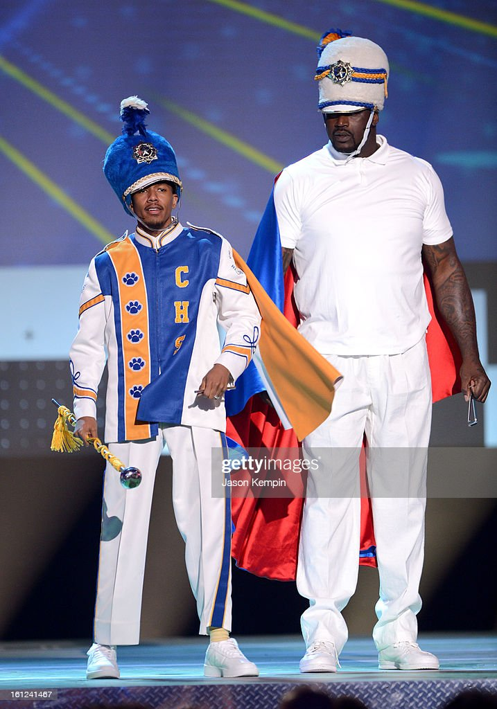 Co-host Nick Cannon and host Shaquille O'Neal speak onstage at the Third Annual Hall of Game Awards hosted by Cartoon Network at Barker Hangar on February 9, 2013 in Santa Monica, California. 23270_003_JK_0145.JPG