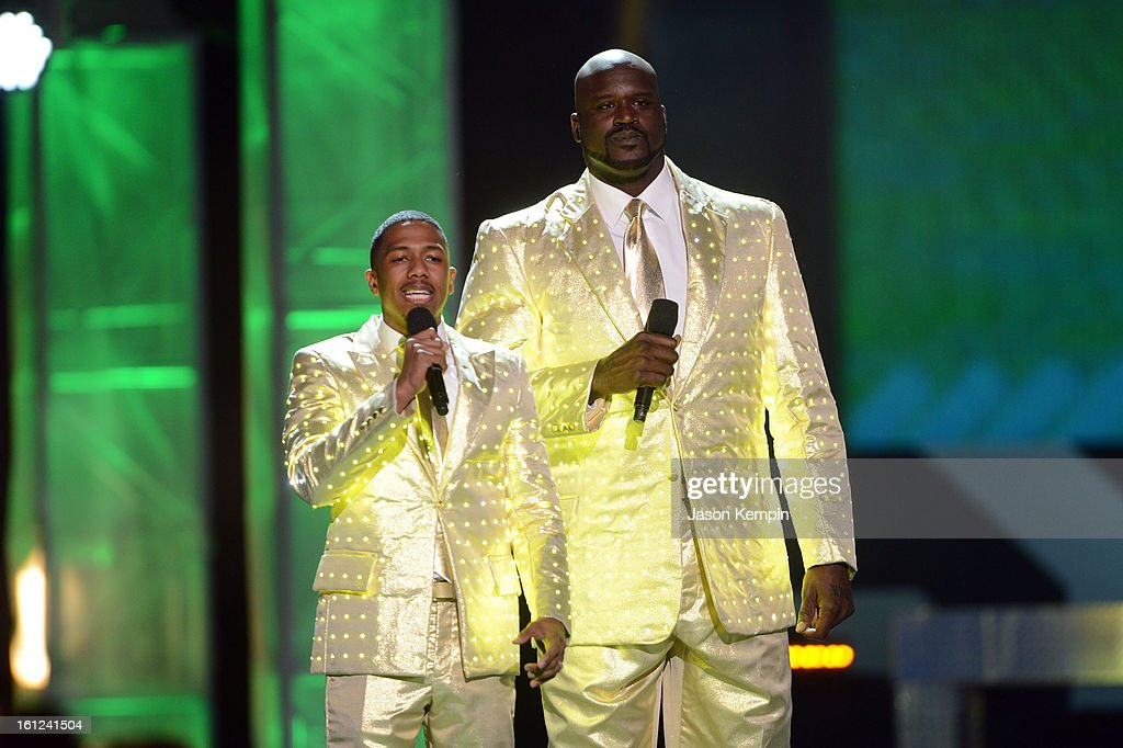 Co-host Nick Cannon and host Shaquille O'Neal speak onstage at the Third Annual Hall of Game Awards hosted by Cartoon Network at Barker Hangar on February 9, 2013 in Santa Monica, California. 23270_003_JK_0012.JPG