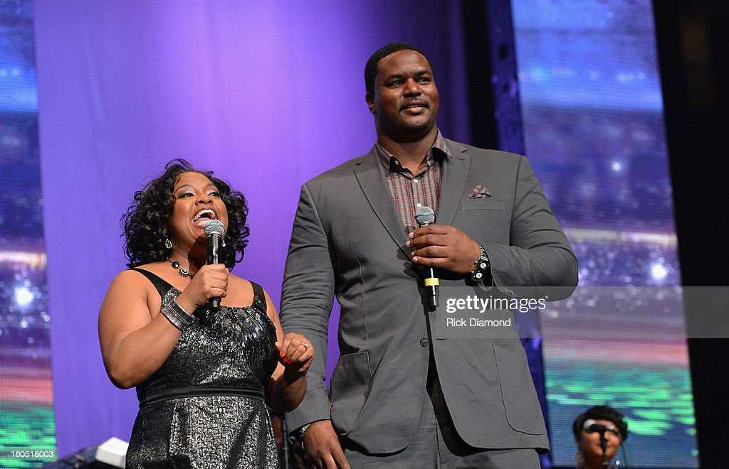Co-host Sherri Shepherd and Baltimore Ravens player Bryant McKinnie speak onstage during the Super Bowl Gospel 2013 Show at UNO Lakefront Arena on February 1, 2013 in New Orleans, Louisiana.