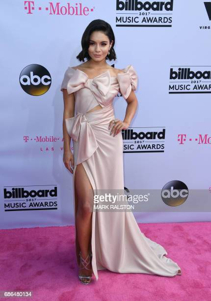 CoHost Vanessa Hudgens arrives at the 2017 Billboard Music Awards at the TMobile Arena on May 21 2017 in Las Vegas Nevada / AFP PHOTO / MARK RALSTON