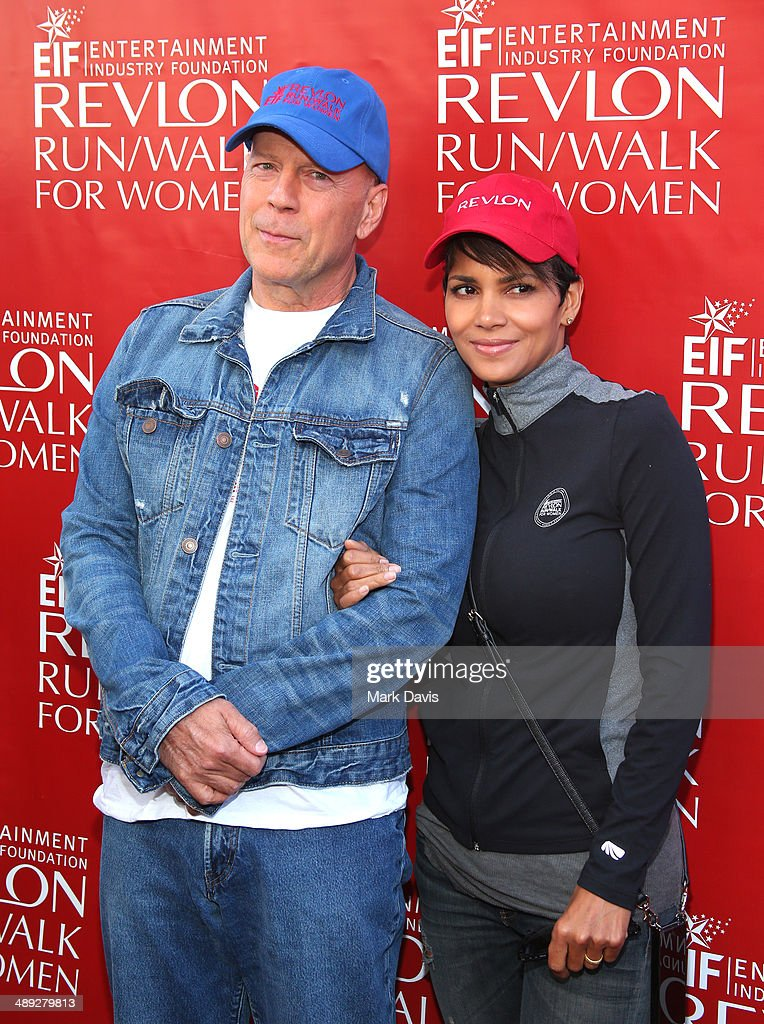 Co-Hosts Bruce Willis (L) and Halle Berry attend the 21st Annual EIF Revlon Run Walk For Women at Los Angeles Memorial Coliseum on May 10, 2014 in Los Angeles, California.