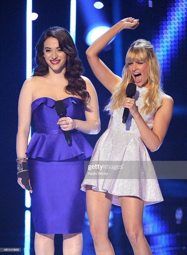 Co-hosts Kat Dennings (L) and Beth Behrs speak onstage at The 40th Annual People's Choice Awards at Nokia Theatre L.A. Live on January 8, 2014 in Los Angeles, California.