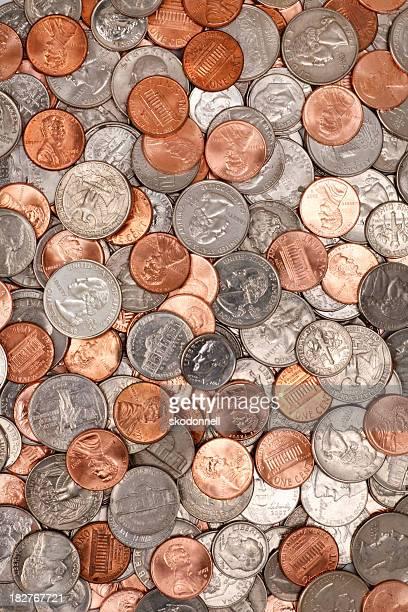 積み上げられた硬貨