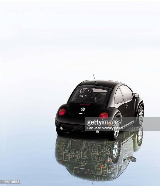 6 col x 135 in / 295x343 mm / 1004x1166 pixels Tracy Cox color illustration of Volkswagen Beetle casting a digital technology reflection