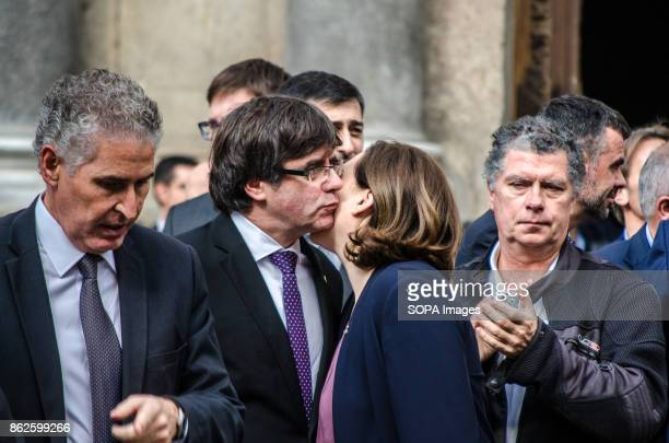 Colau gives a kiss to Carles Puigdemont at the beginning of the institutional Act for the freedom of political prisoners Sanches and Cuixart In...