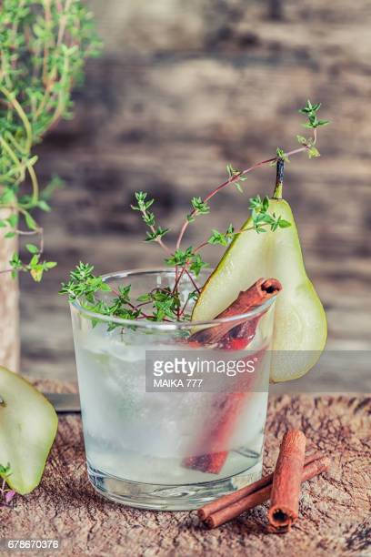 Cold lemon tea with pear and thyme