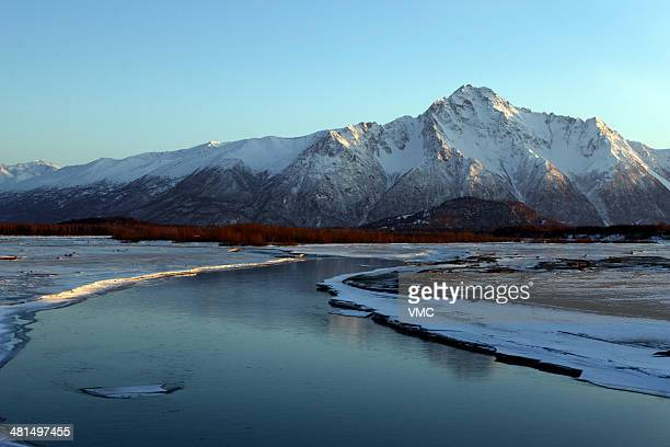 CONTENT] Cold Winter day in Palmer Alaska near the bridge over Matanuska River The sun was low on the horizon giving a nice angle to the light