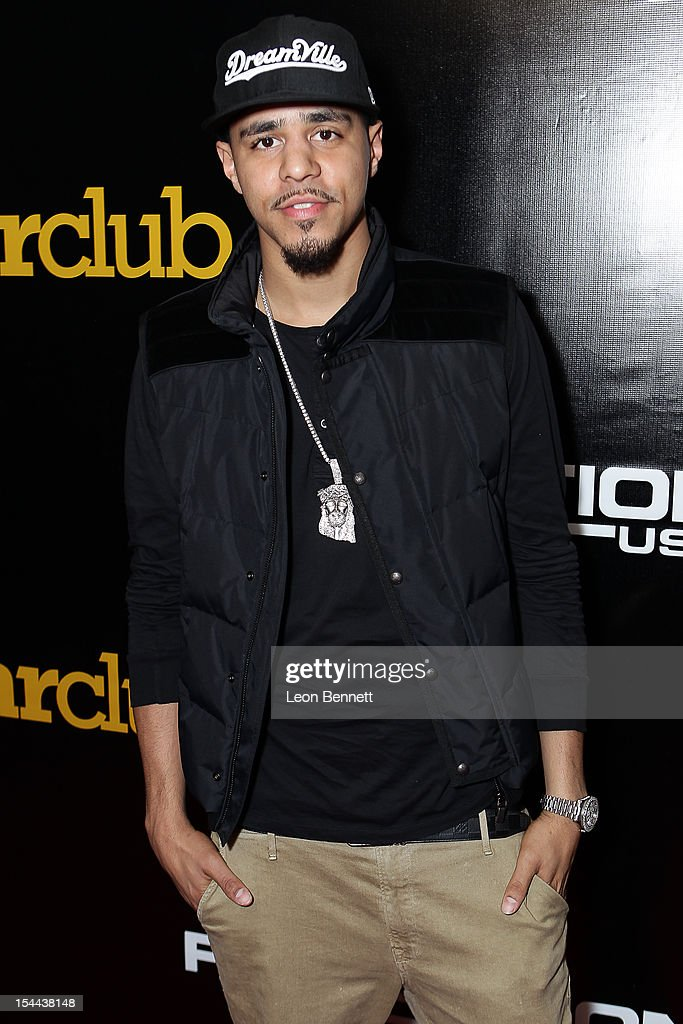 <a gi-track='captionPersonalityLinkClicked' href=/galleries/search?phrase=J.+Cole&family=editorial&specificpeople=5958978 ng-click='$event.stopPropagation()'>J. Cole</a> arrives at the <a gi-track='captionPersonalityLinkClicked' href=/galleries/search?phrase=J.+Cole&family=editorial&specificpeople=5958978 ng-click='$event.stopPropagation()'>J. Cole</a> Performs At Footaction's 'Own The Stage' Celebration at W Hollywood on October 19, 2012 in Hollywood, California.