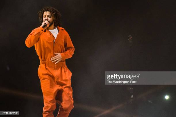 Cole performs at the Verizon Center