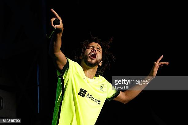 J Cole performs during the 2016 The Meadows Music Arts Festival at Citi Field on October 1 2016 in Queens New York