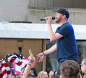 "Cole Swindell Performs On NBC's ""Today"""