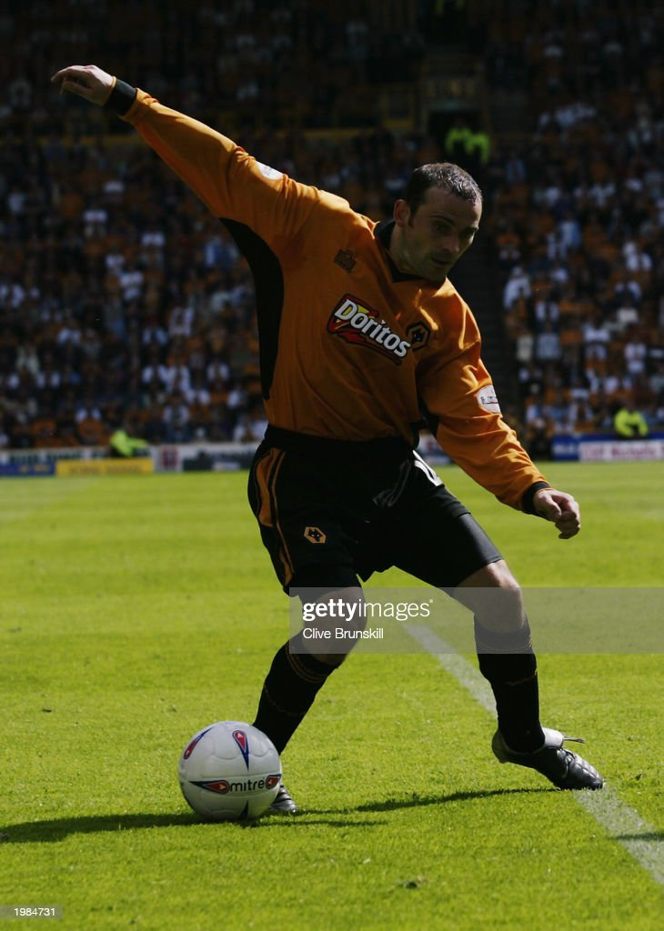 Colin Cameron of Wolverhampton Wanderers takes control of the ball during the Nationwide First Division match between Wolverhampton Wanderers and Leicester City held on May 4, 2003 at the Molineux Stadium in Wolverhampton, England. The match ended in a 1-1 draw.
