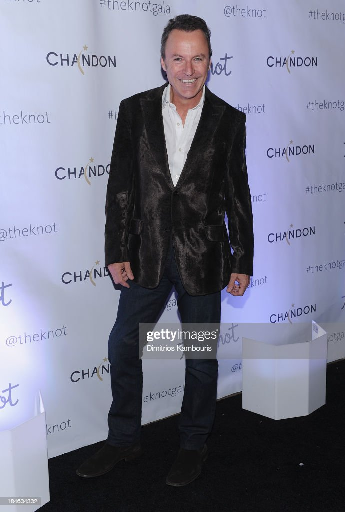 <a gi-track='captionPersonalityLinkClicked' href=/galleries/search?phrase=Colin+Cowie&family=editorial&specificpeople=2257825 ng-click='$event.stopPropagation()'>Colin Cowie</a> attends the Knot Gala 2013 at New York Public Library - Astor Hall on October 14, 2013 in New York City.