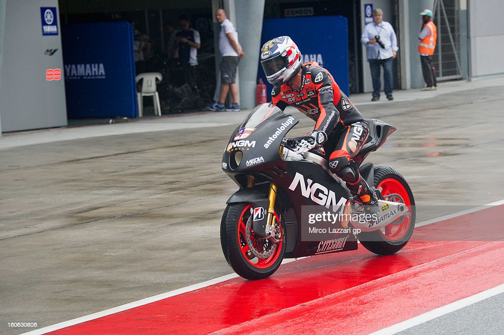 <a gi-track='captionPersonalityLinkClicked' href=/galleries/search?phrase=Colin+Edwards&family=editorial&specificpeople=240253 ng-click='$event.stopPropagation()'>Colin Edwards</a> of USA and NGM Mobile Forward Racing during the MotoGP - CRT Tests in Sepang - Day Two at Sepang Circuit on February 4, 2013 in Kuala Lumpur, Malaysia.