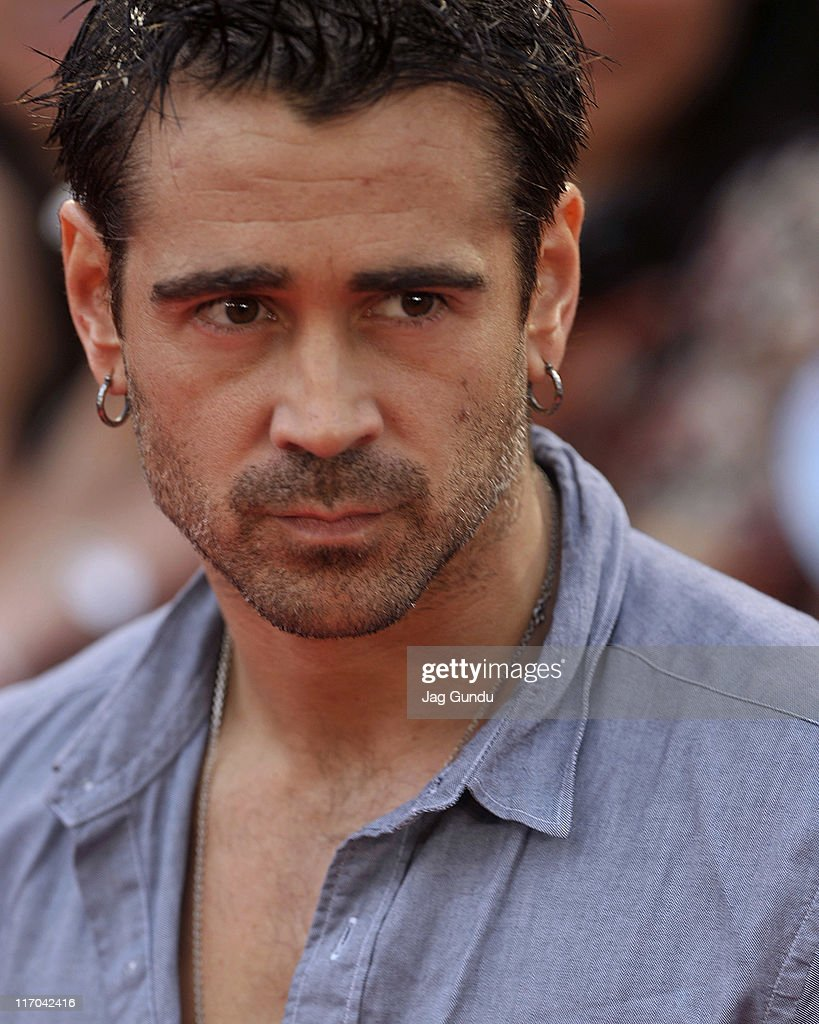 <a gi-track='captionPersonalityLinkClicked' href=/galleries/search?phrase=Colin+Farrell&family=editorial&specificpeople=202154 ng-click='$event.stopPropagation()'>Colin Farrell</a> arrives on the red carpet at the 22nd Annual MuchMusic Video Awards at the MuchMusic HQ on June 19, 2011 in Toronto, Canada.