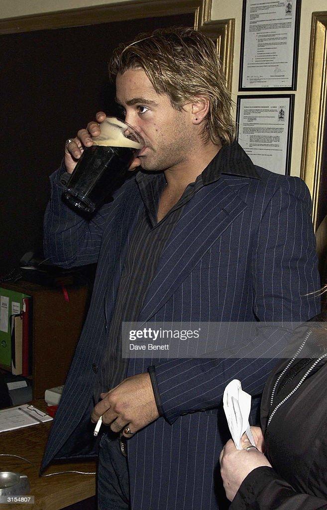 Colin Farrell attends the UK Premiere of 'Intermission' at the Electric Cinema in Portobello Road on November 24, 2003 in London.