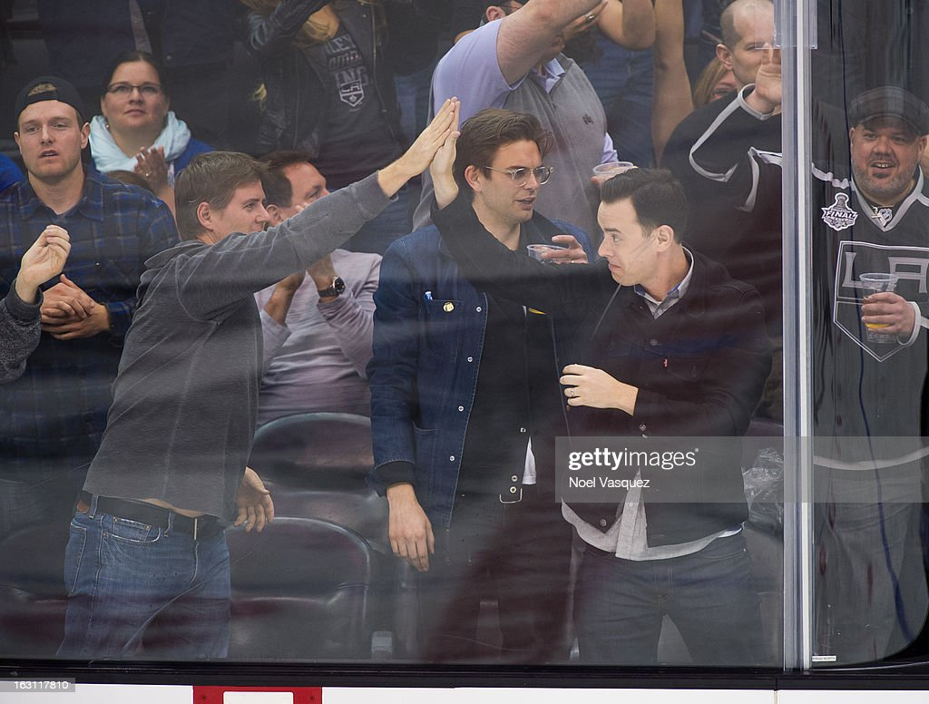 <a gi-track='captionPersonalityLinkClicked' href=/galleries/search?phrase=Colin+Hanks+-+Actor&family=editorial&specificpeople=584005 ng-click='$event.stopPropagation()'>Colin Hanks</a> attends a hockey game between the Nashville Predators and Los Angeles Kings at Staples Center on March 4, 2013 in Los Angeles, California.