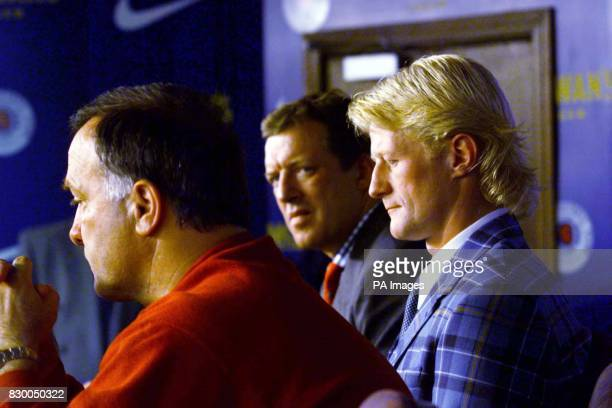 Colin Hendry with Rangers boss David Murray and manger Dick Advocaat after Hendry signed with the club today EDI Photo by Chris Bacon/PA See PA Story...