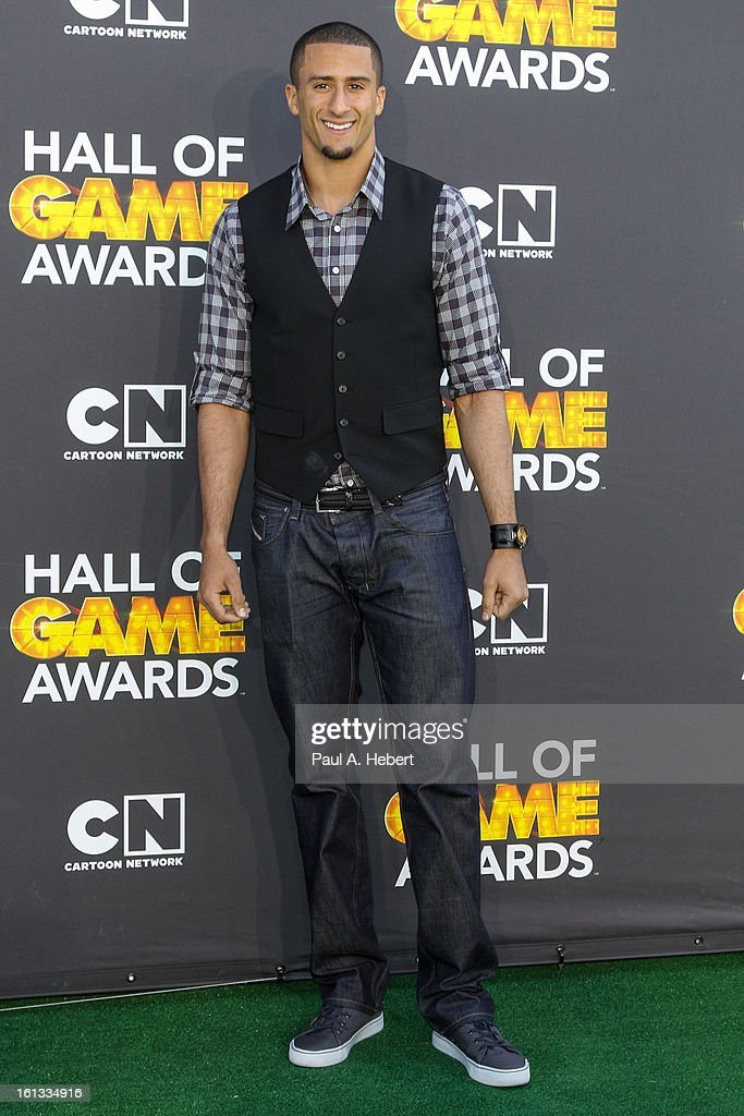Colin Kaepernick arrives at the 3rd Annual Cartoon Network's 'Hall Of Game' Awards held at Barker Hangar on February 9, 2013 in Santa Monica, California.