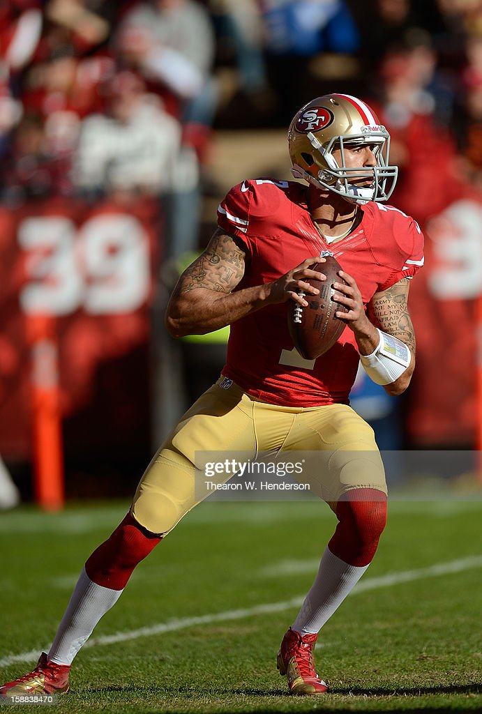 Colin Kaepernick #7 of the San Francisco 49ers drops back to pass in the second quarter against the Arizona Cardinals at Candlestick Park on December 30, 2012 in San Francisco, California. The 49ers won the game 27-13.