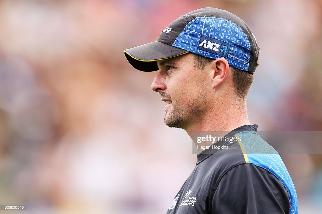 <a gi-track='captionPersonalityLinkClicked' href=/galleries/search?phrase=Colin+Munro&family=editorial&specificpeople=5037359 ng-click='$event.stopPropagation()'>Colin Munro</a> of New Zealand looks on during the One Day International match between New Zealand and Pakistan at Basin Reserve on January 25, 2016 in Wellington, New Zealand.