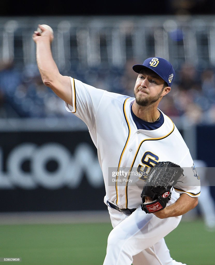 Colin Rea #29 of the San Diego Padres pitches during the first inning of a baseball game against the New York Mets at PETCO Park on May 5, 2016 in San Diego, California.