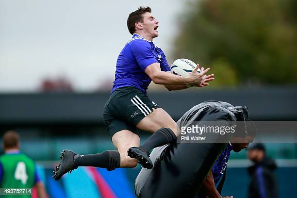 Colin Slade of the All Blacks collects the high ball during a New Zealand All Blacks training session at London Irish on October 22 2015 in London...