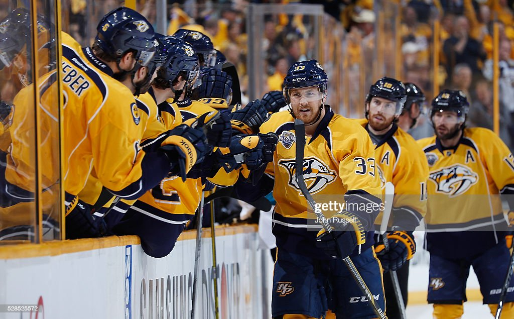 Colin Wilson #33 of the Nashville Predators celebrates his goal with the bench against the San Jose Sharks in Game Four of the Western Conference Second Round during the 2016 NHL Stanley Cup Playoffs at Bridgestone Arena on May 5, 2016 in Nashville, Tennessee.