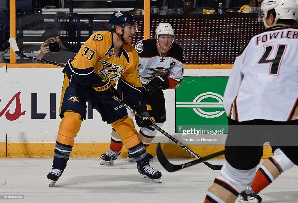 Colin Wilson #33 of the Nashville Predators skates against Corey Perry #10 of the Anaheim Ducks during the third period in Game Four of the Western Conference First Round during the 2016 NHL Stanley Cup Playoffs at Bridgestone Arena on April 19, 2016 in Nashville, Tennessee.