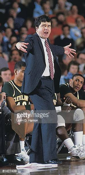 Coll Basketball NCAA playoffs Cleveland State coach Kevin Mackey upset during game vs Indiana Syracuse NY 3/14/1986
