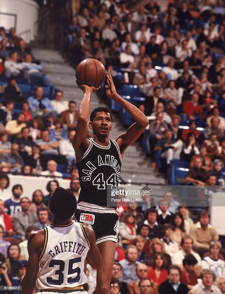San Antonio Spurs George Gervin