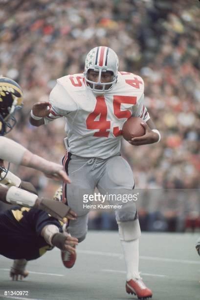 Coll Football Ohio State's Archie Griffin in action vs Michigan Ann Arbor MI