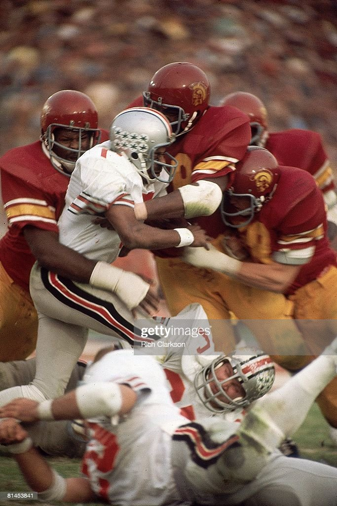 Coll Football Rose Bowl Ohio State in action vs USC Pasadena CA 1/1/1975