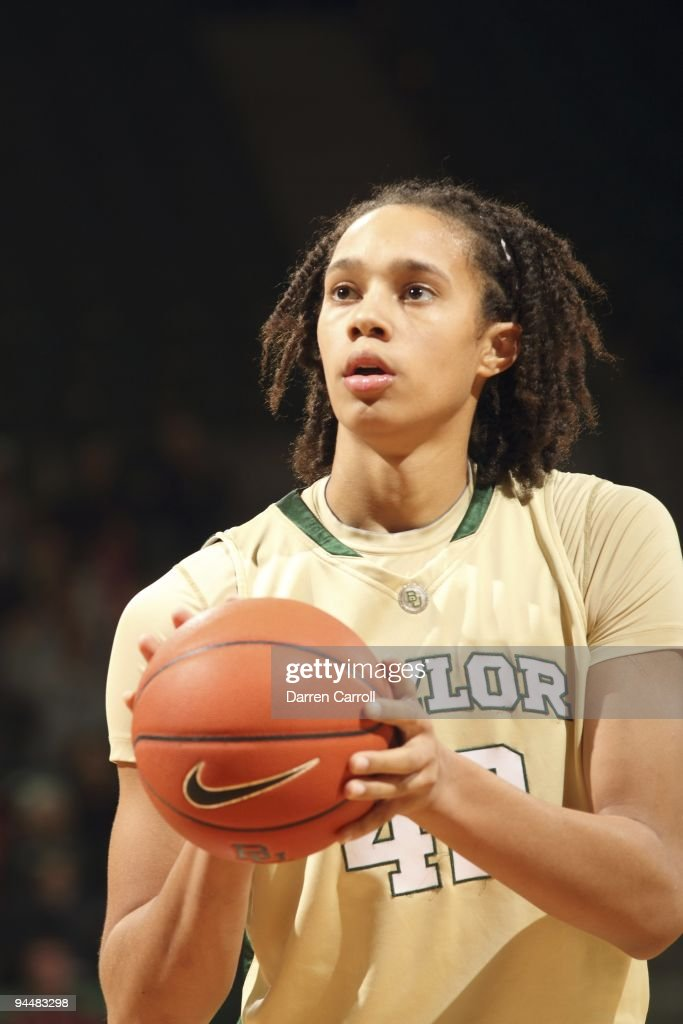 Baylor Brittney Griner during free throw vs Louisiana Tech Waco TX 12/5/2009 CREDIT Darren Carroll